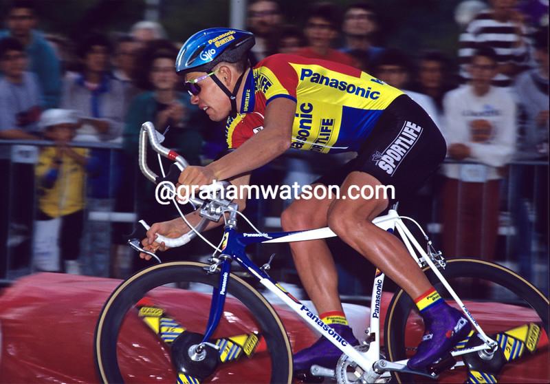 Viatcheslav Ekimov on a stage of the 1992 Tour de France