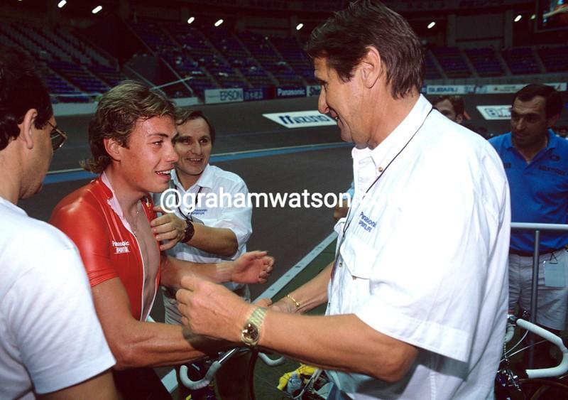 Viatcheslav Ekimov and Peter Post in the 1990 World Track Championships