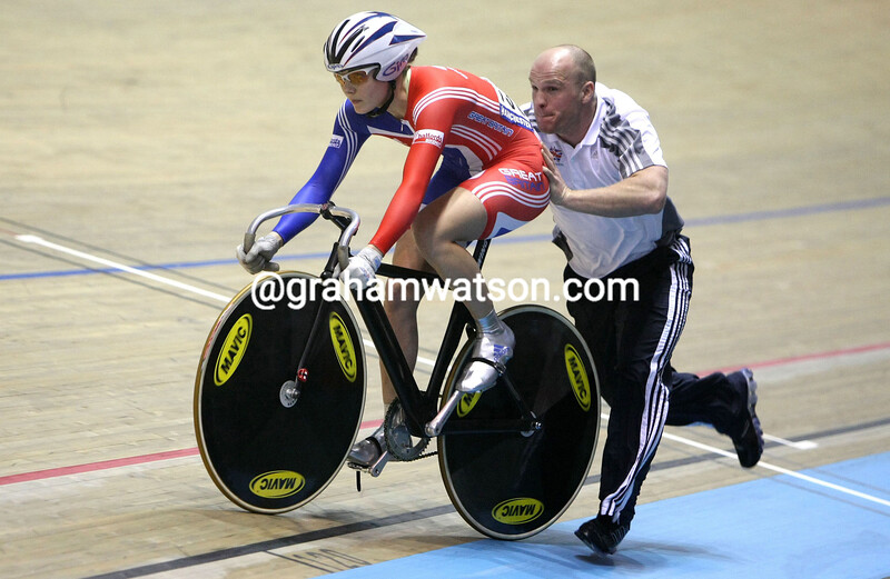 VICTORIA PENDLETON WITH JAN VAN EIJDEN IN THE WOMENS SPRINT COMPETITION AT THE 2008 WORLD CHAMPIONSHIPS