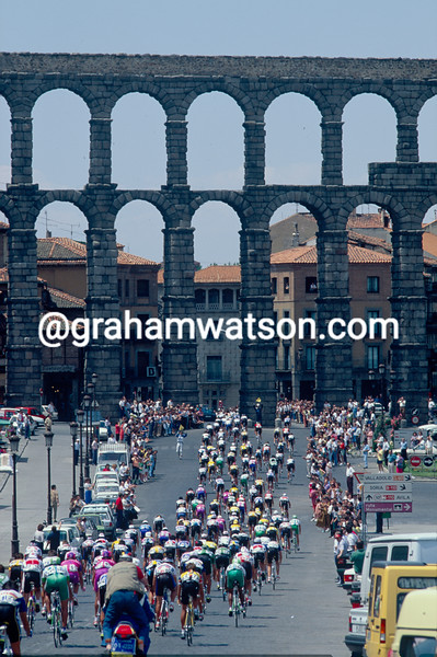 The 1988 Tour of Spain passes through Segovia