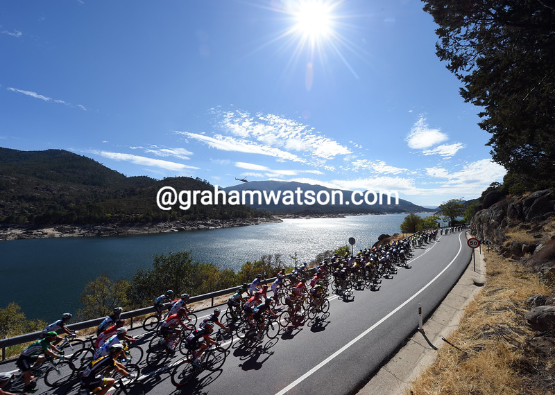 The peloton on stage nineteen of the 2015 Tour of Spain