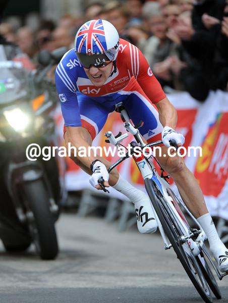 BRADLEY WIGGINS IN THE MENS TT AT THE 2011 WORLD CHAMPIONSHIPS