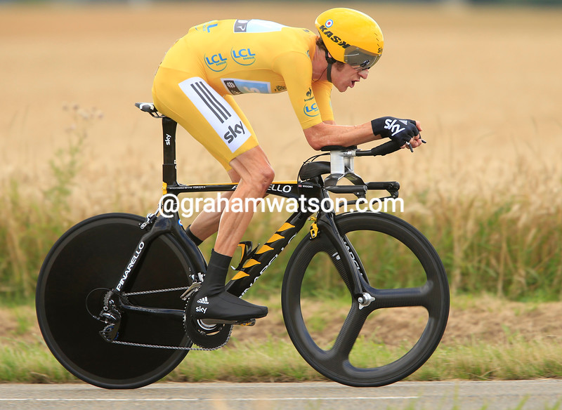 Bradley Wiggins wins stage nineteen of the 2012 Tour de France