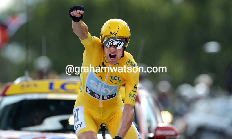 Bradley Wiggins wins stage nineteen of the 2012 Tour de France *** local caption *** 00905412