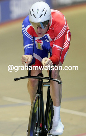 BRADLEY WIGGINS IN THE MENS PURSUIT COMPETITION AT THE 2008 WORLD TRACK CHAMPIONSHIPS