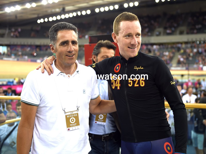 Miguel Indurain and Bradley Wiggins in his UCI Hour Record attempt in 2015