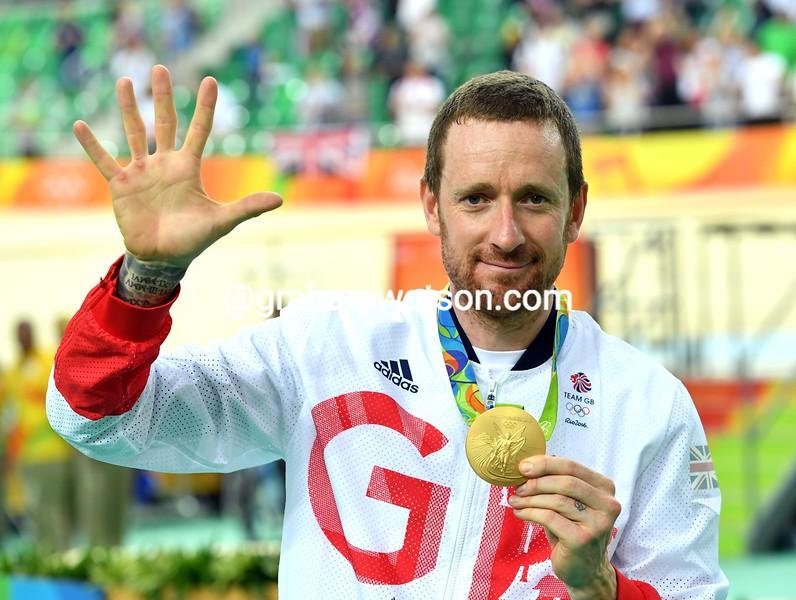Bradley Wiggins celebrates swinning his 5th Gold Medal in Rio de Janeiro