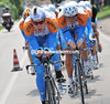 BRADLEY WIGGINS LEADS THE GARMIN TEAM ON STAGE ONE OF THE 2009 GIRO D'ITALIA