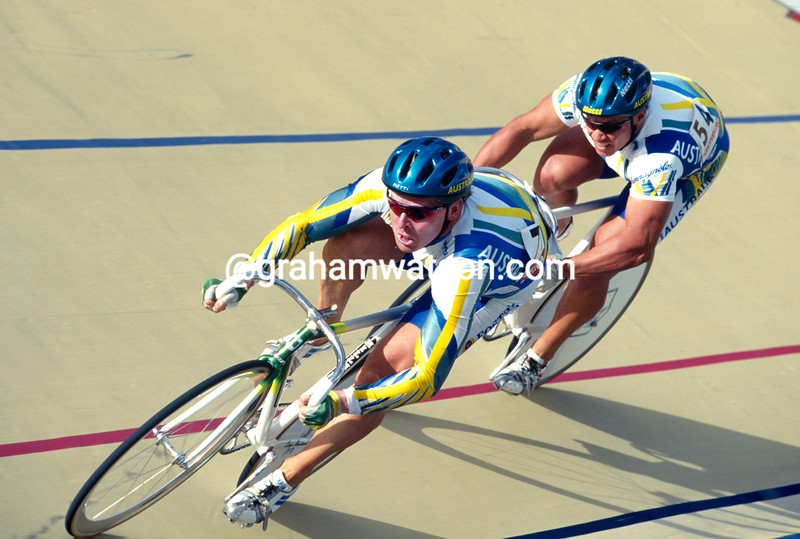 Gary Neiwand and Darren Hill in the sprint race at the 1995 World Championships in Bogota, Colombia