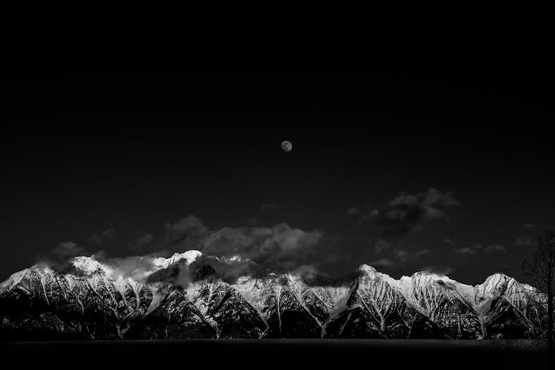 Moon Rise, Sun Set