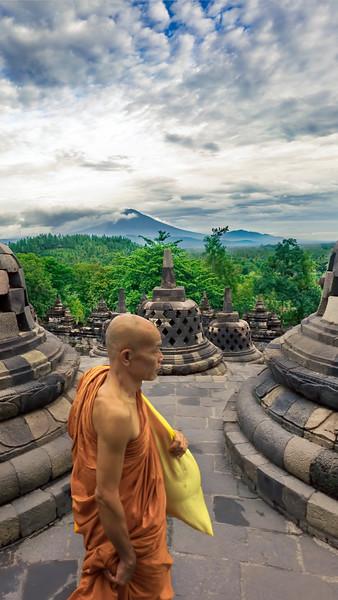 Borobudur-Prayers