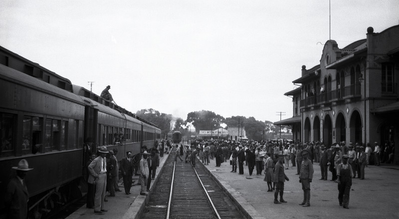 This station is now a museum.  http://en.wikipedia.org/wiki/Old_Railway_Station_Museum