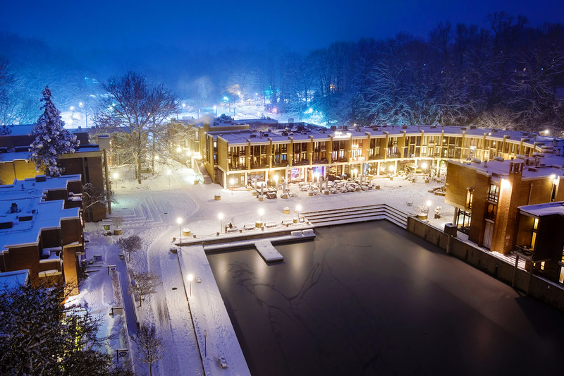 Lake Anne Plaza on a snowy night