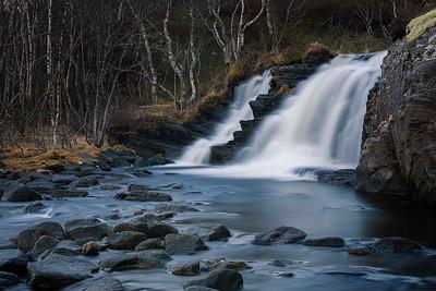 Lilandstraumen waterfall
