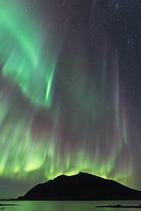 Lundøya aurora rain