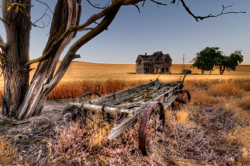 "Abandoned House, Near Dufur, Oregon<br /> By Brett Downen<br /> <br /> Float Mounted MetalPrint<br /> Available sizes: 4"" x 6"", 8"" x 12"", 16"" x 24"". 24"" x 36"""
