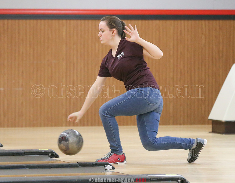 Edele Morgan releases the ball in the match against Geneva last week.
