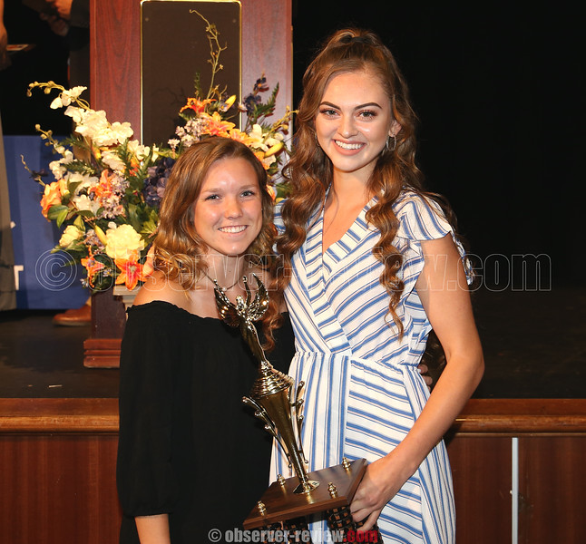2017 Girls Coaches' Trophy award winner Cassie Lafler presented this year's trophy to Sydney Bloom.
