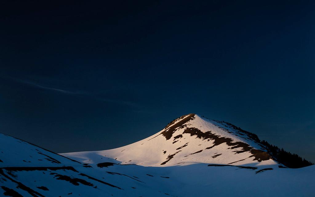 Le Charmant Som, pris au coucher du soleil depuis l'oratoire d'Orgeval - a main levee avec filtre polarisant