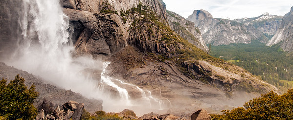 Yosemite Falls_Panorama3_2010-Edit