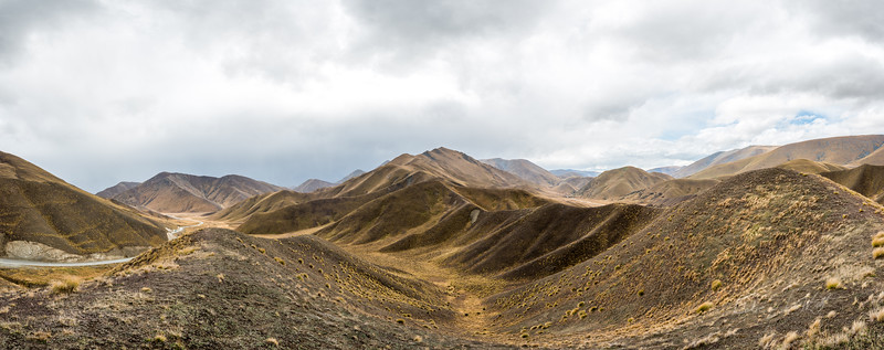 Lindis_Pass_New_Zealand_20150512_16-Pano