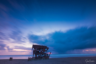 Peter Iredale Storm