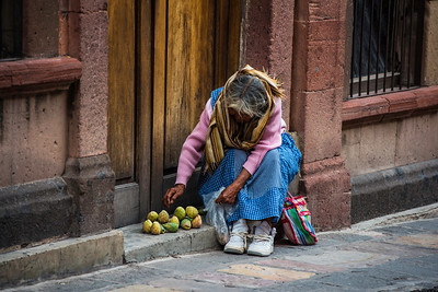 A woman's fruits, San Miguel de Allende, Mexico