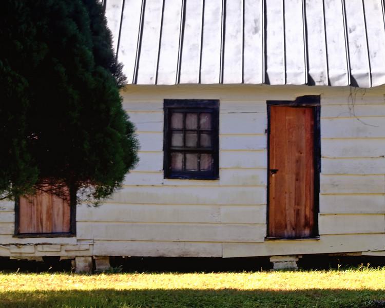 21 - Slave building