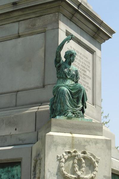 Boston - Statue in Public Garden