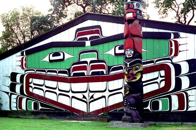 Victoria, B C  - Totem and Shed Painting