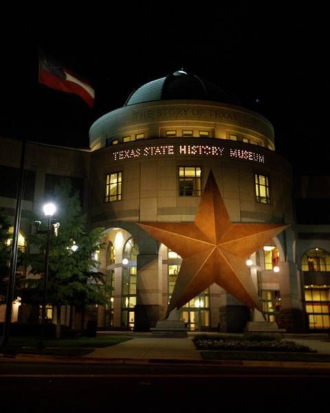 Texas - Austin - Texas State History Museum, Night