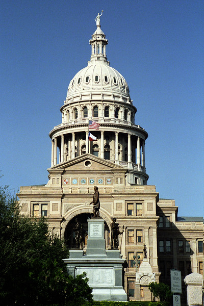 Texas - Austin - State Capitol, Day