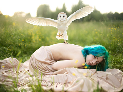 Подтвержденный Keep me under your wings