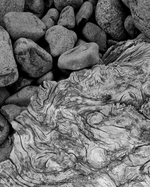 DF.644 - beach stones and driftwood pattern, Seaside, OR.