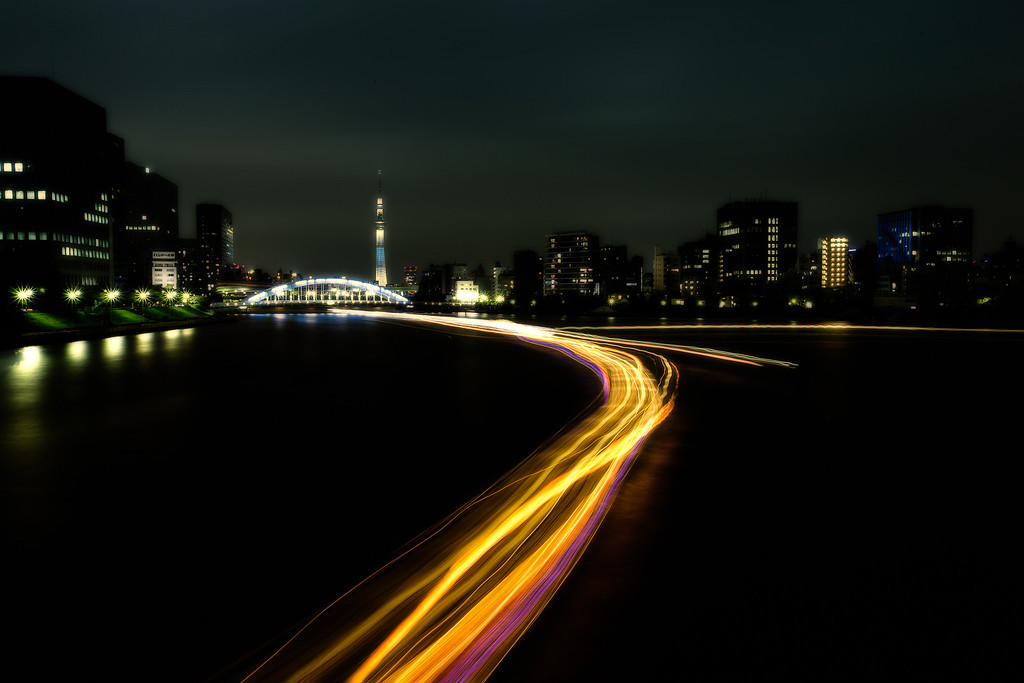 Follow the light  - Tokyo SkyTree