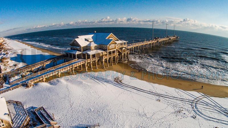 Jennette's Pier Snow 02