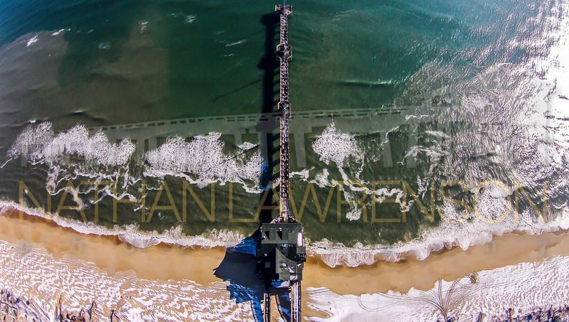 Jennette's Pier Snow 01