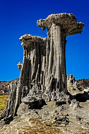 Sand Tufas at Mono Lake  (DE1202)