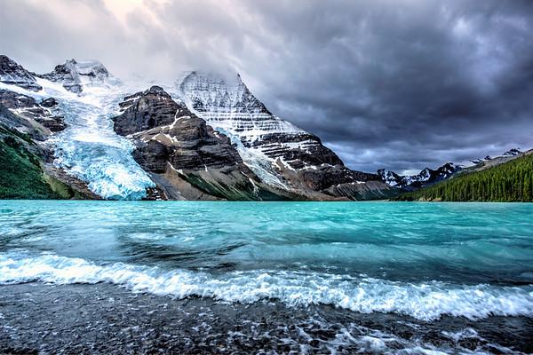 Berg Lake & Mt Robson