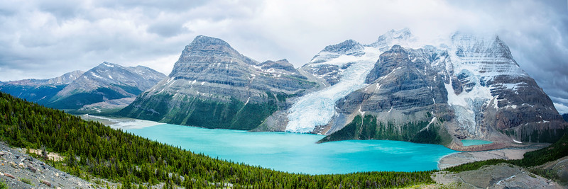 Mt Robson and Berg Lake 3-1 Panorama