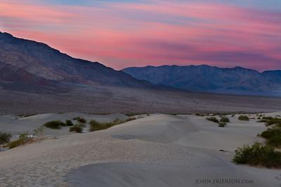Sunrise at Mesquite Dunes, Death Valley National Park