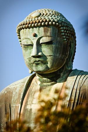 The statue of Amida Buddha at Kōtoku-in.