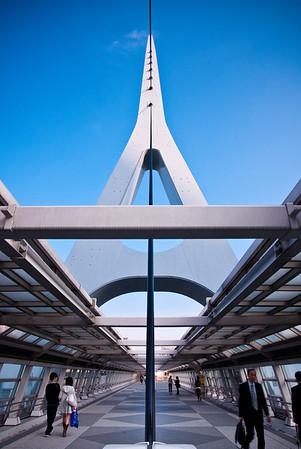 Pedestrian bridge over Tokyo Teleport Station in Odaiba