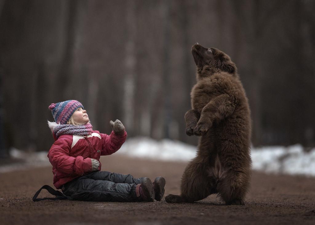 https://photos.smugmug.com/Prints/Little-Kids-and-their-Big-Dogs/i-fx5P2S2/0/XL/GDC45418x-XL.jpg