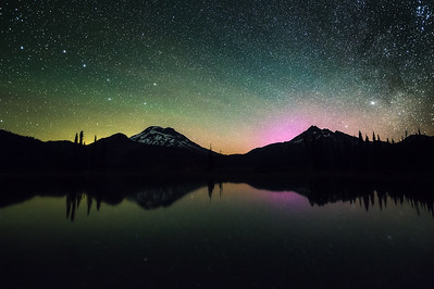 Auroras over Sparks Lake