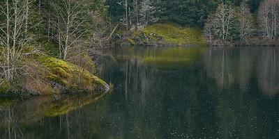 Reservoir in the Rain