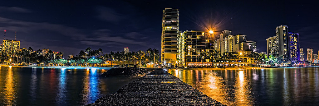 Honolulu at Night  (PA1301)