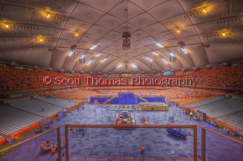 <B>SOLD OUT</B>: Syracuse Orange vs. Villanova Wildcats in Big East College Basketball before 34,616 fans on Saturday, February 27, 2010 in the Carrier Dome, Syracuse, New York.  Syracuse won 95-77.