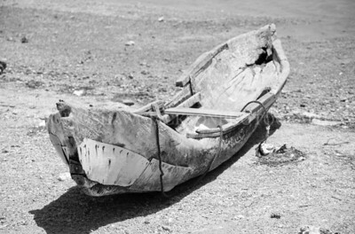 Canoe on the Beach B&W
