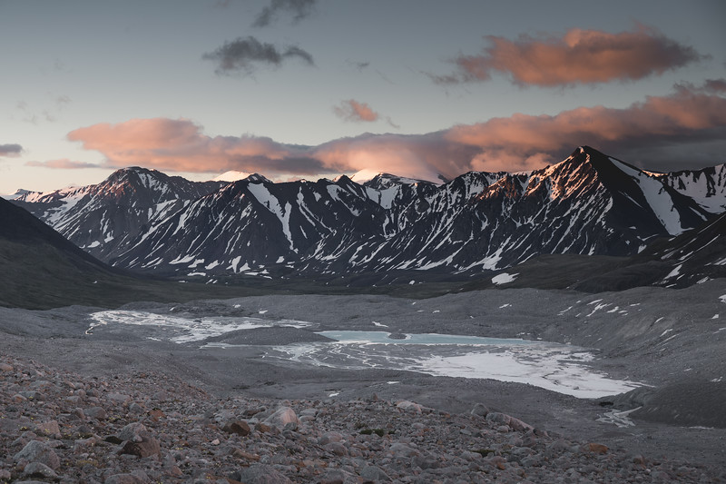 Sunrise at the Altai Tavan Bogd